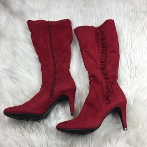 Jaclyn Smith Red Heeled Boots Size 6